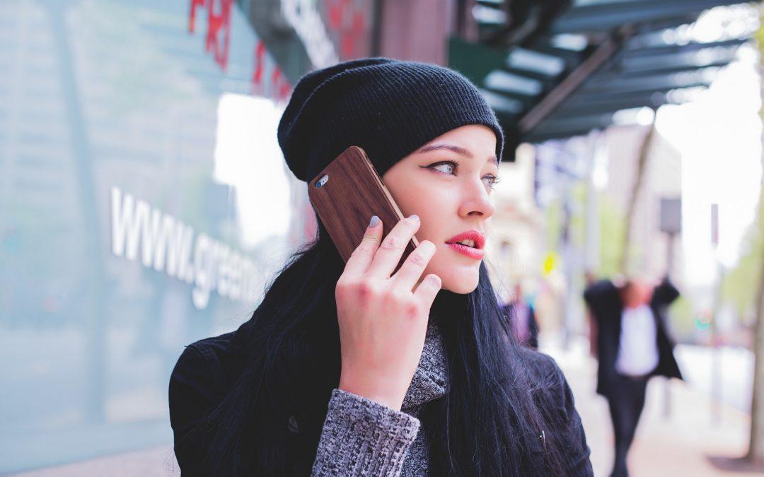 escuchar de manera privada los mensajes de voz de WhatsApp